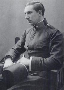 Bela Lugosi con su uniforme militar austrohúngaro