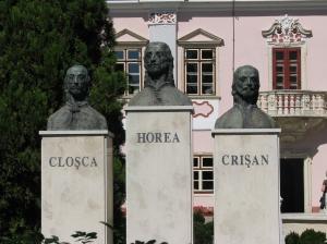Horea, Closca and Crisan busts in Deva