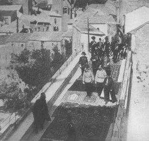 Franz Josef in Mostar - no assassin in sight