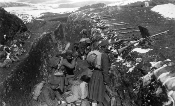 Soldiers waiting in their trenches on the Macedonia Front