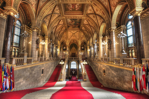 The Grand Staircase - the path to splendor