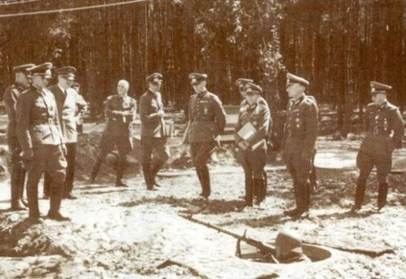 Hitler with German officers at Werwolf