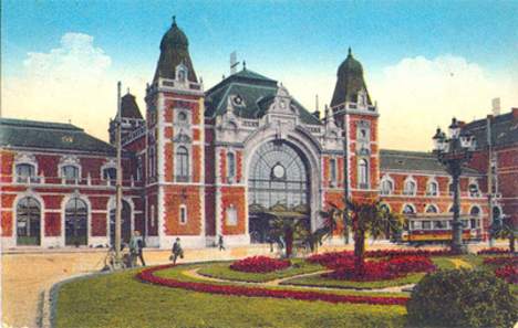 Debrecen Train Station - before being destroyed during World War II