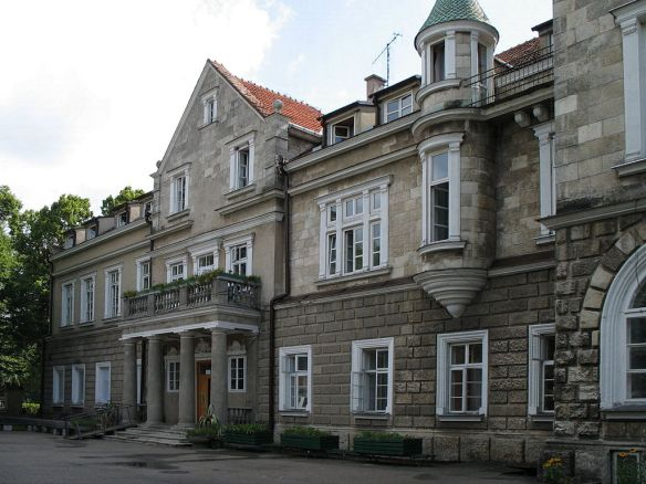 What was once Horyniec Palace in southeastern Poland - a hundred years after the Great War
