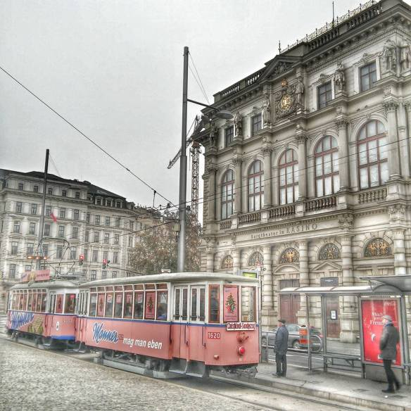 A tram in Vienna - An incredible (and troubling) intensity