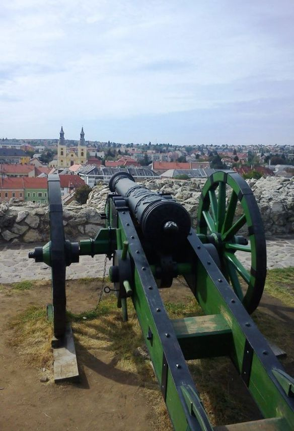 Cannon on top of the walls at Eger Castle