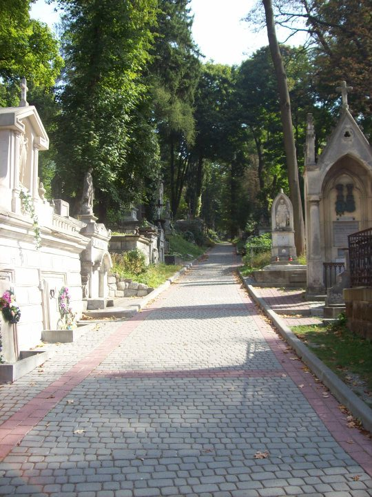 You Will Never Walk Alone - Into Lviv's Past at Lychakiv Cemetary