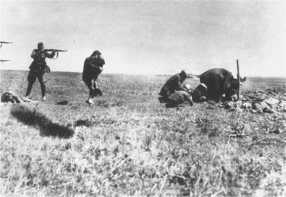 Jews being murdered by Nazi killing unit in Ukraine