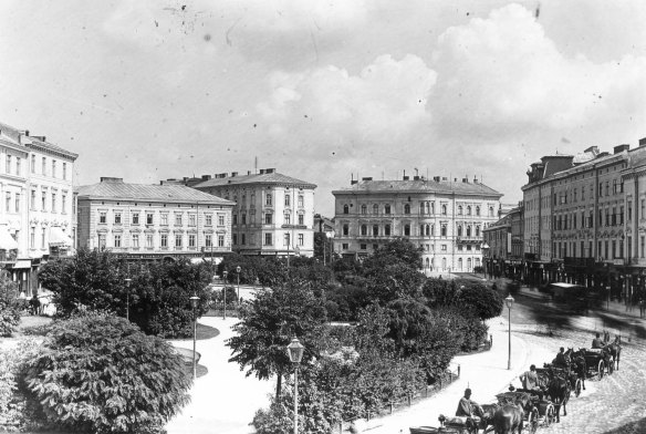 Mickiewicz Square as it looked in Lwow prior to 1904