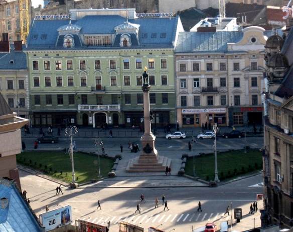 Mickiewicz Square in Lviv - a view from above