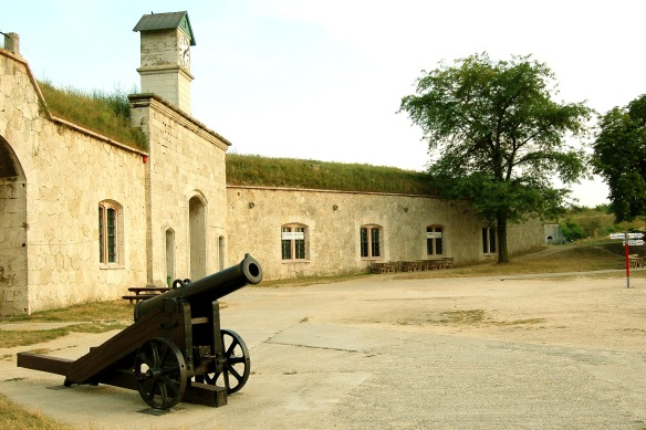Artillery piece at Monostori Fortress