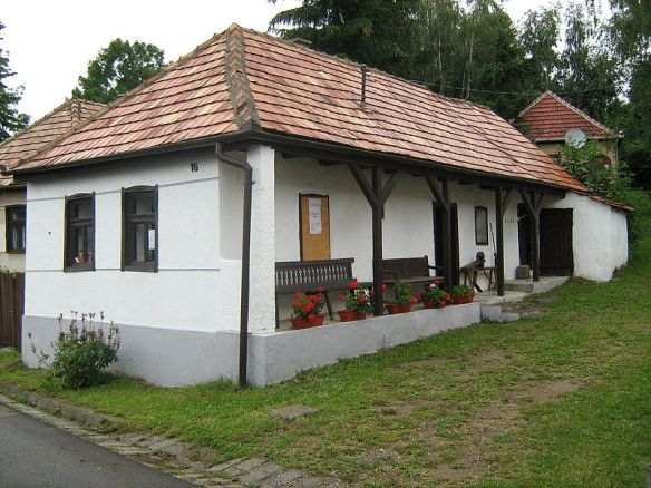 Traditional Slovak home in Mátraszentimre
