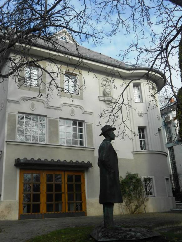 Bela Bartok statue at the Memorial House in Buda