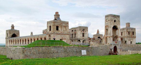 Krzyżtopór Castle