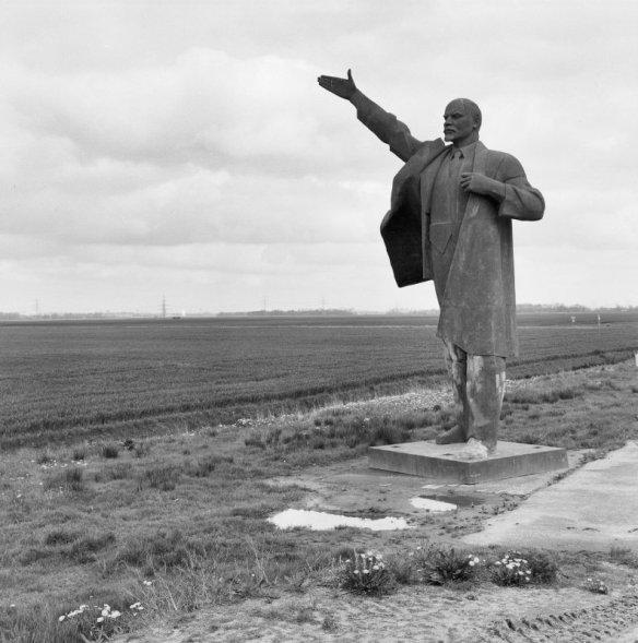 Lenin in oblivion