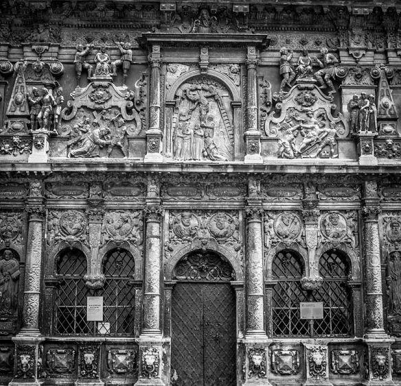 Western facade of the Boim Chapel