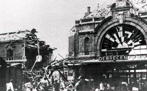 Debrecen Railway Station after the June 2. 1944 aerial bombardment
