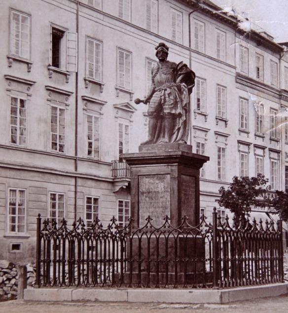 Stanisław Jabłonowski Monument - the first secular monument in Lviv