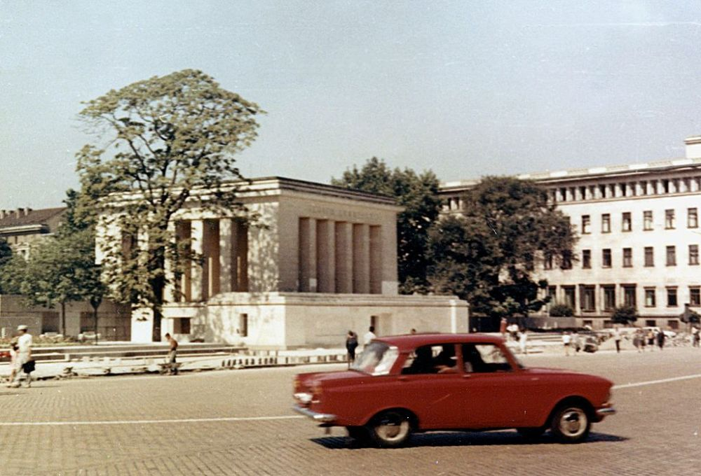 A Cult Symbol of Bulgarian Communism - The Georgi Dimitrov Mausoleum in 1969