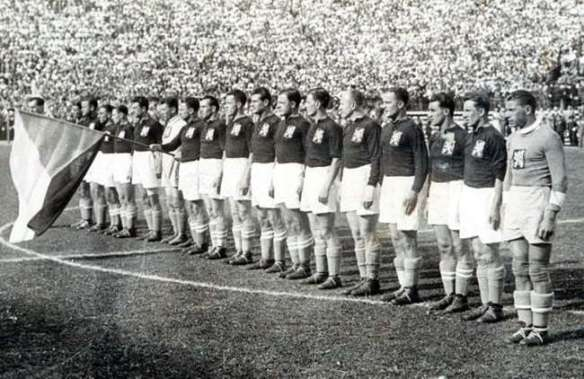 Czechoslovak team at the opening ceremony for the 1934 World Cup Final