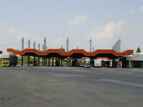 Border crossing at Bors Romania