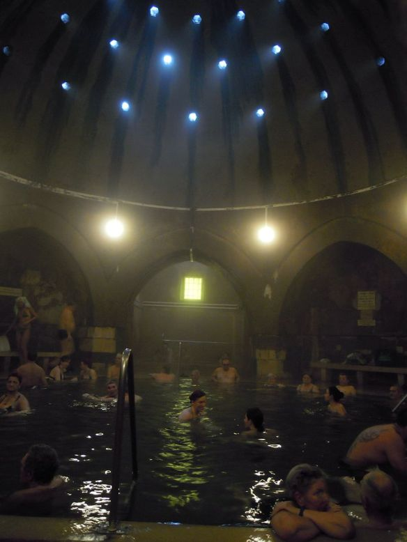 Inside the Kiraly Thermal Bath