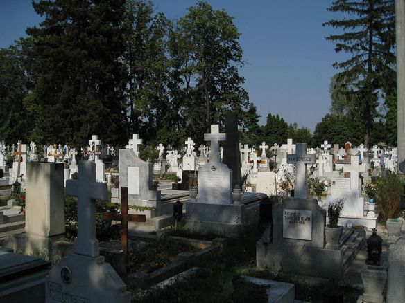 Graves at Ghencea Cemetery in Bucharest