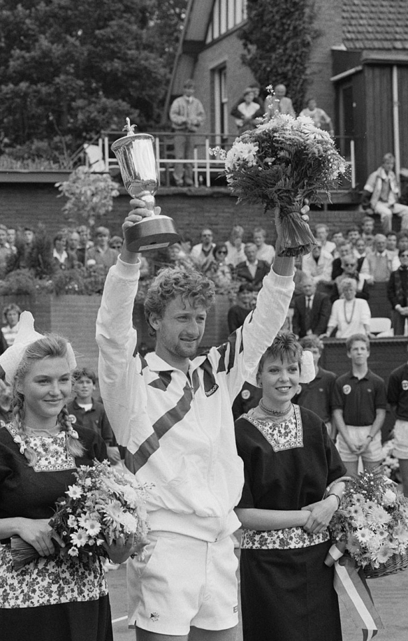 Miloslav Mecir - celebrates one of his 11 career titles