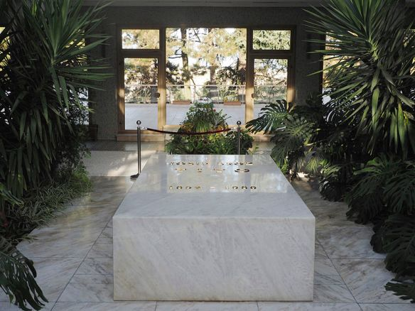 House of Flowers - The tomb of Josip Broz Tito