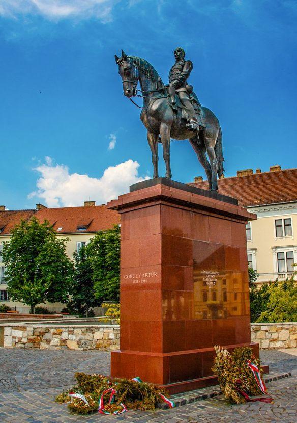 Artur Gorgei monument in Budapest