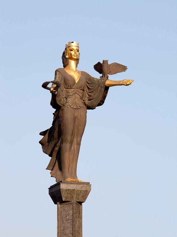 Lenin's replacement - The statue of Saint Sophia