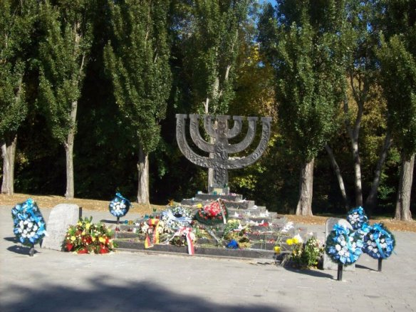 The Menorah Memorial - Babi Yar Park