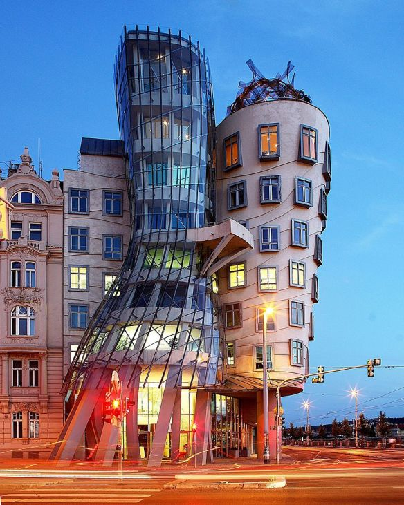 Fred and Ginger - Dancing House at dusk
