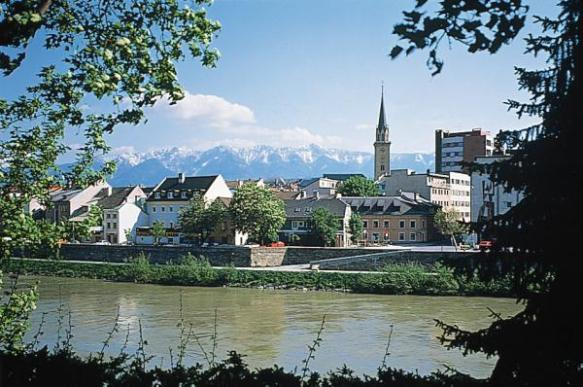 Carinthian beauty - View across the Drau River in Villach