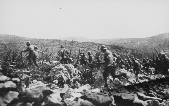 Italian infantry leaving their trenches - Ninth Battle of the Isonzo