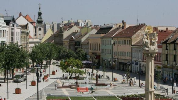 A High Opinion - Fo ter (Main Square) in Szombathely