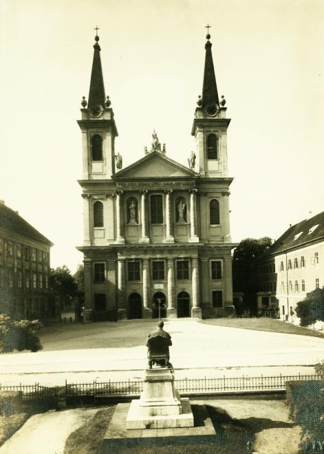 Szombathely Cathedral in 1930