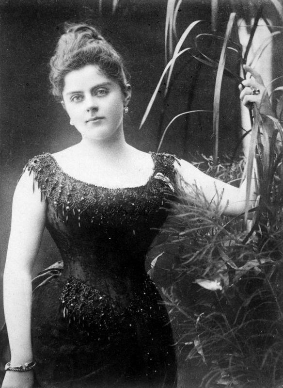 Femme Fatale - Mary Vetsera