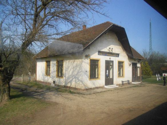 The station at Ostffyasszonfya