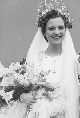 Budapest Beauty - Geraldine Apponyi on her wedding day