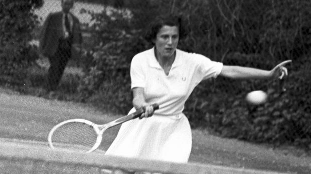 Zsuzsa Kormoczy - Hungary's Greatest Female Tennis Player