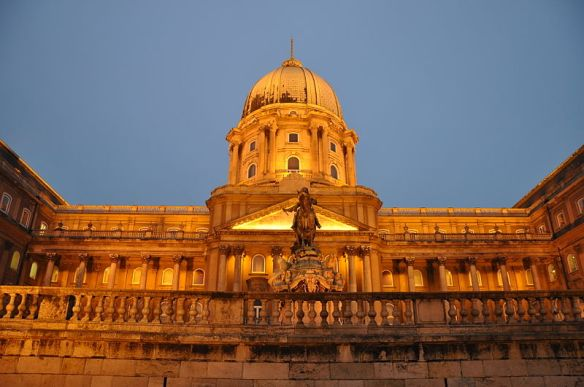 A meeting with expectations - Buda Castle