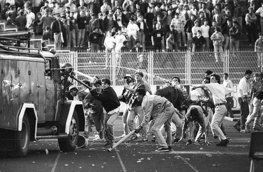 Fans fighting at the 1990 Dinamo Zagreb-Red Star Belgrade football match