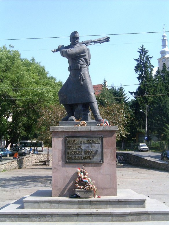 Changing sides - World War I Monument in Szekelyudvarhely