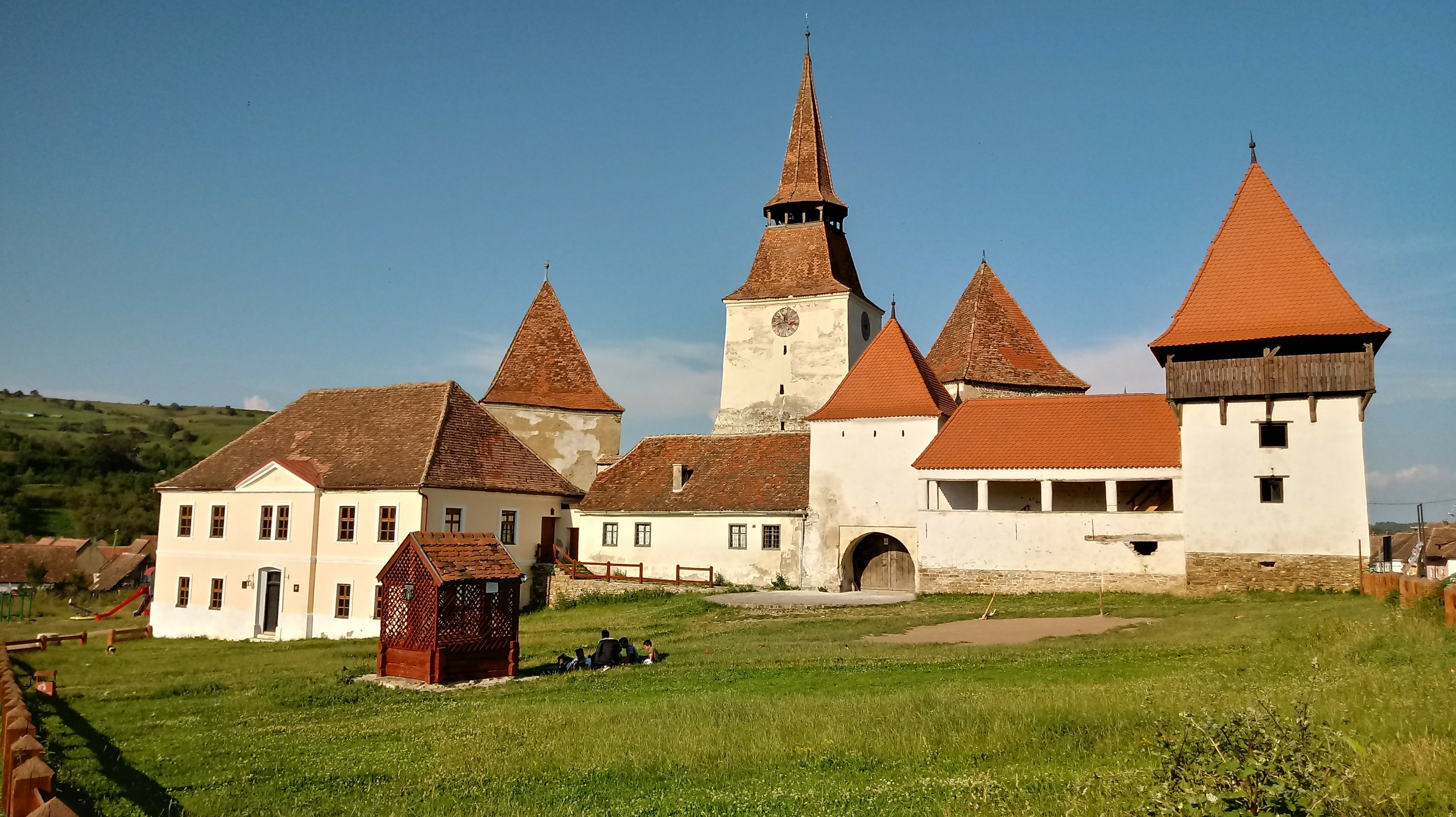 new concept 2bb9f 94fbb A Siege Mentality Not Lost To History – Prior To Arrival  The Fortified  Church at Szekelyderzs (Part One)