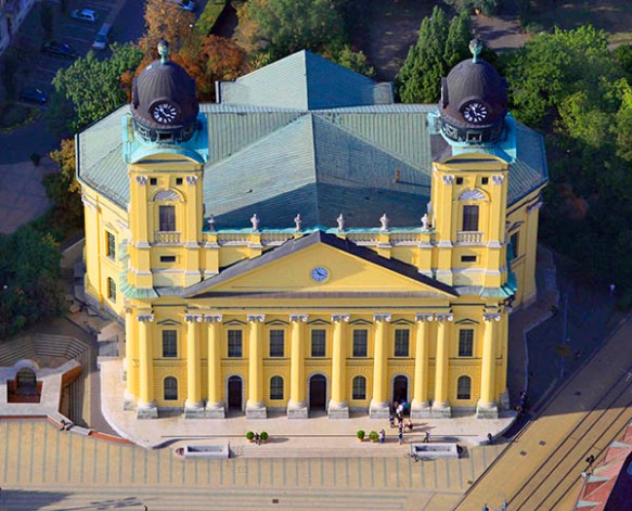 The view from above - Great Reformed Church in Debrecen
