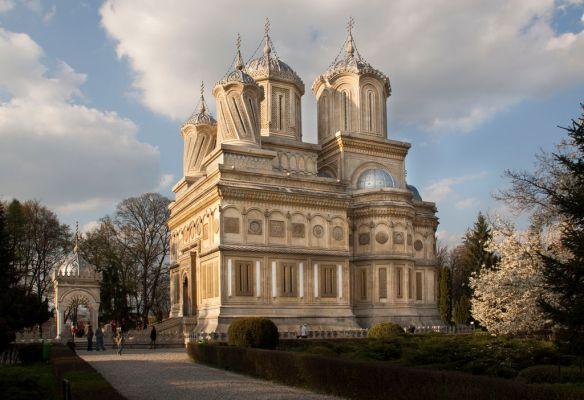 Beyond limits - Curtea De Arges Monastery
