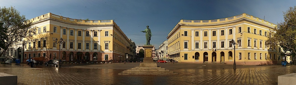 Point of Entry - Duc De Richelieu Statue in Odessa