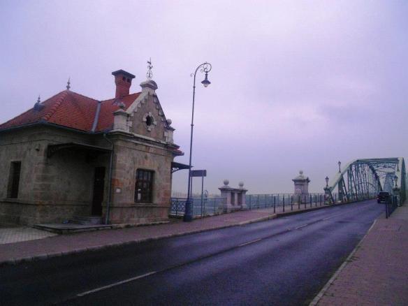 20th Century Relic - Former border post at the Maria Valeria Bridge