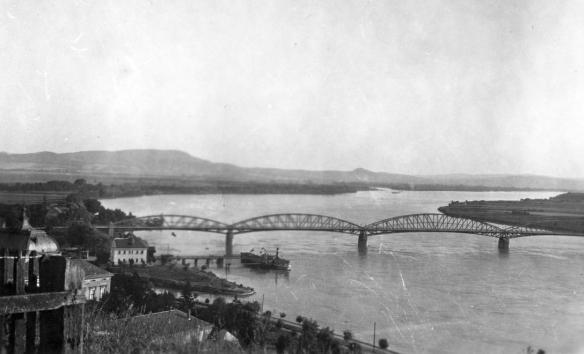 Spanning The Danube - Maria Valeria Bridge